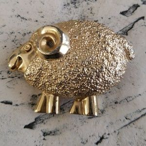 Vintage Sheep Brooch Gold Tone